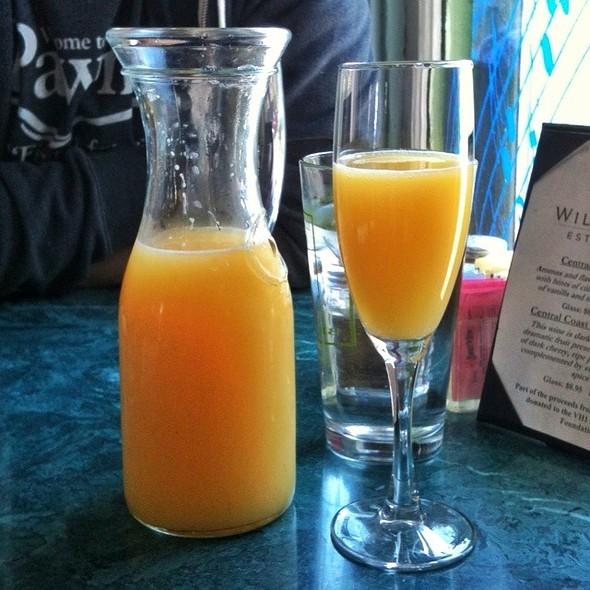Mimosa @ Cafe Django