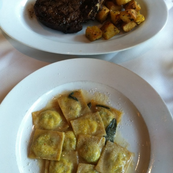 Ravioli w/spinach and Ricotta And Ribeye - Toscanova, Los Angeles, CA