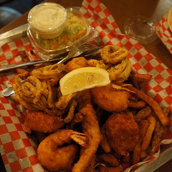 Fish Basket @ The One That Got Away