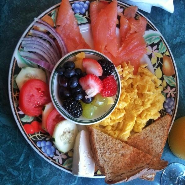 Smoked Salmon Platter With Mimosa @ Cafe Django