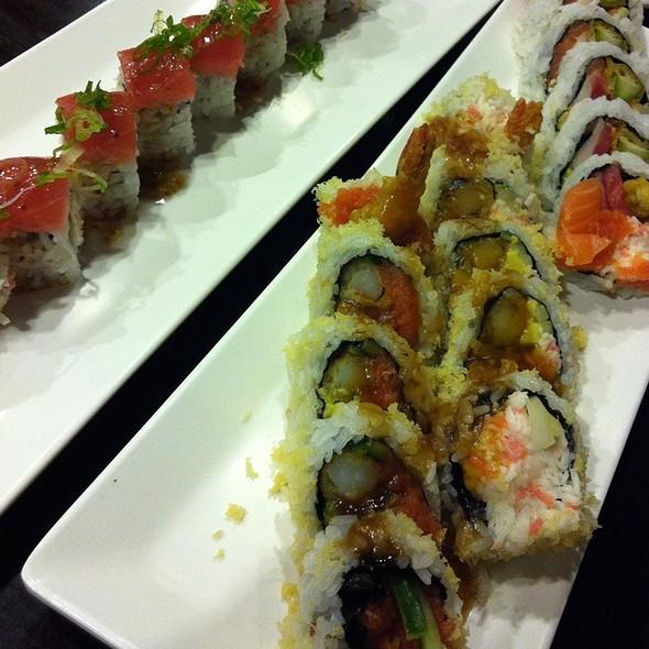 Sushi @ Dono Sushi