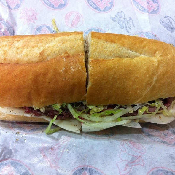 Roast Beef And Provolone Mikes Way @ Jersey Mike's Subs