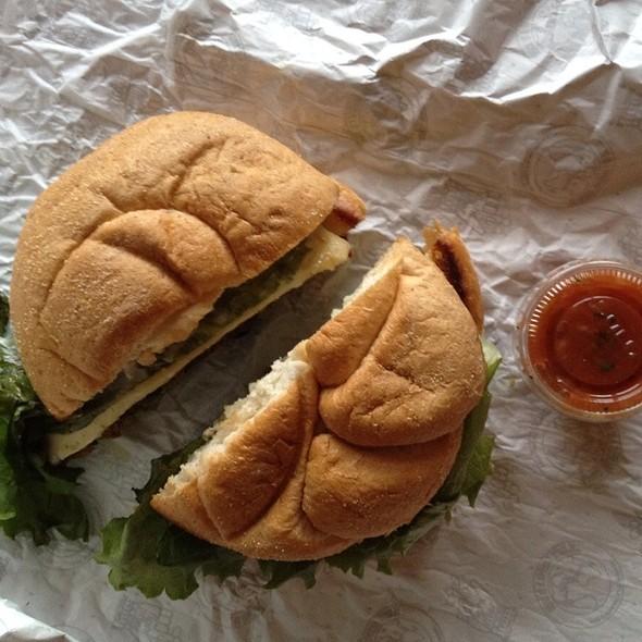 Dave's Veggie Burger @ Village Deli