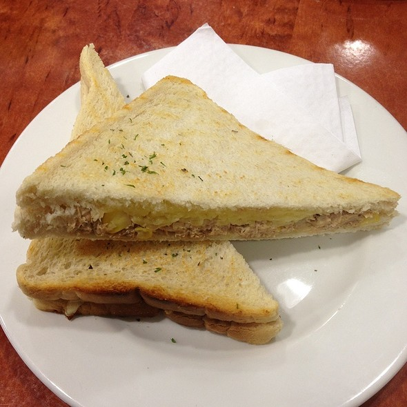 Tuna Toastie @ Mooca Cafe
