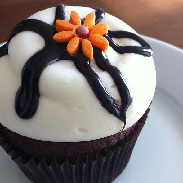 Gluten-Free Cupcakes @ Georgetown Cupcakes