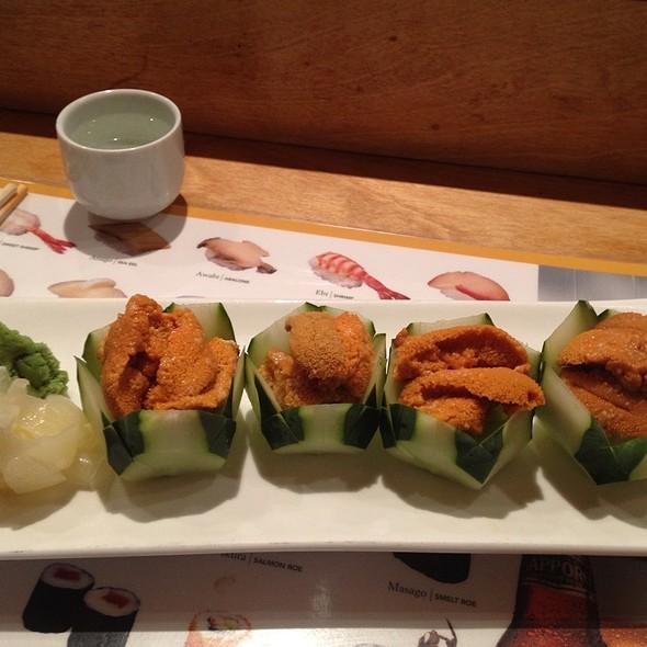 Live Red Uni Sashimi