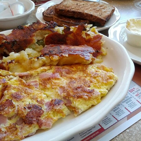 Ham And American Cheese Omelette @ Park City Diner