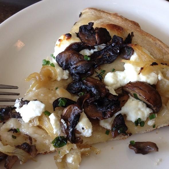 Mushroom Goat Cheese Onion Herb Pizza