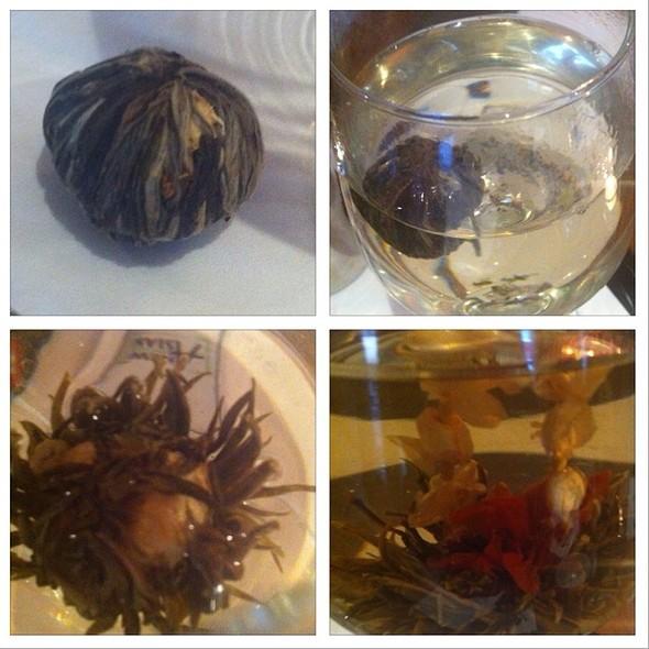 Jasmin Blooming Tea @ Kantjil & De Tijger