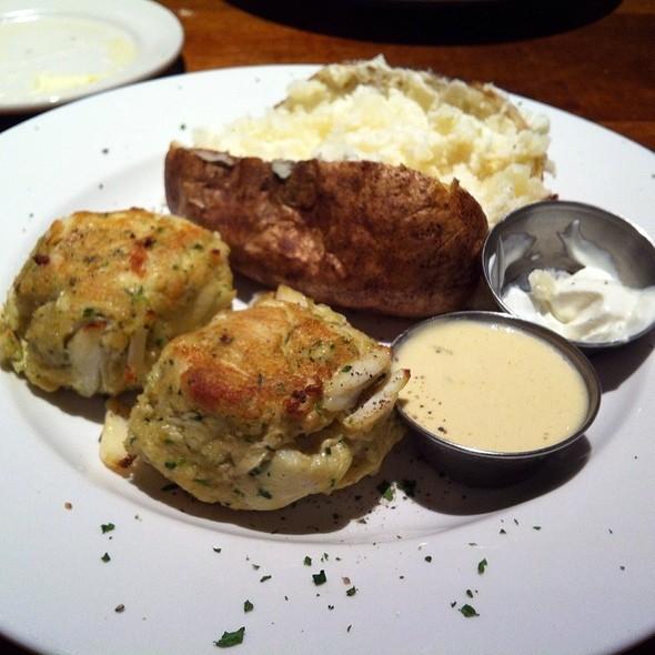 Jumbo Lump Crabcake  - Real Seafood Company - Toledo, Toledo, OH