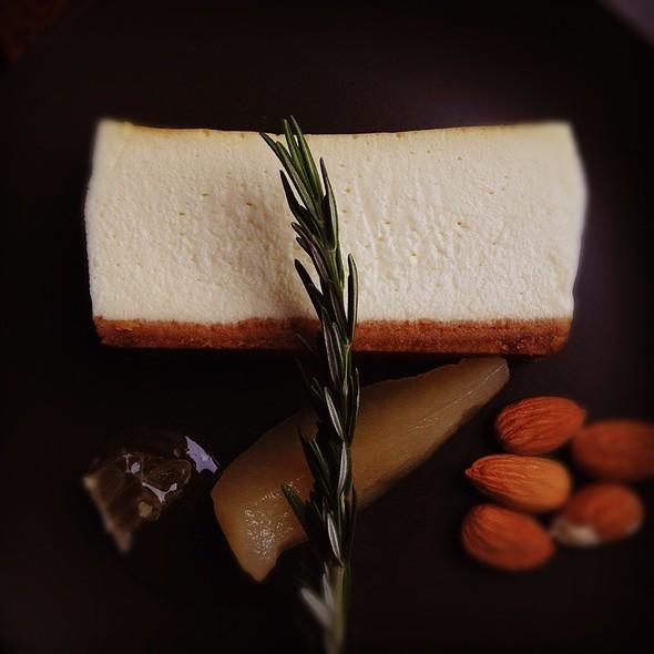 Point Reyes Blue Cheesecake @ Skool