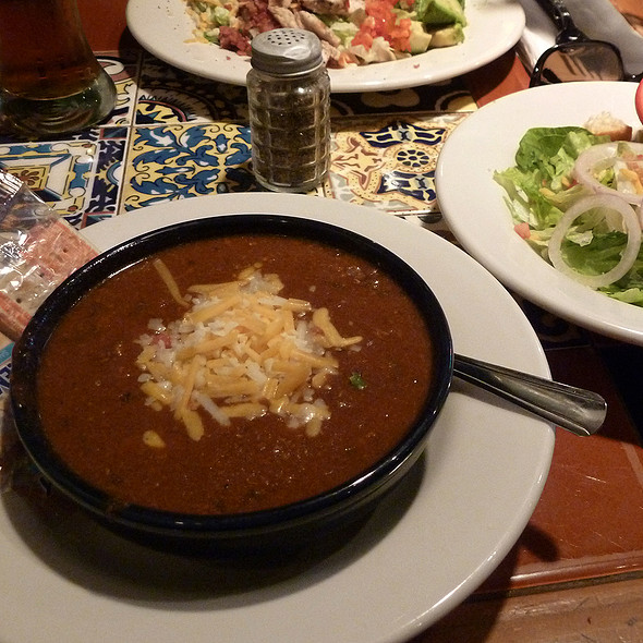 Bowl of chili @ Chili's Too