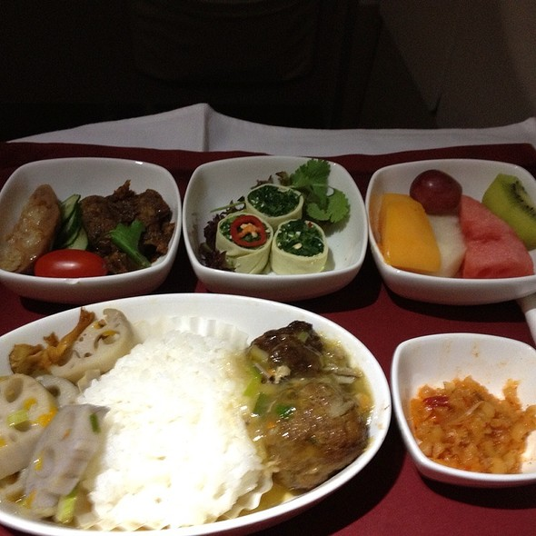 Meat Balls On Rice Lunch Set @ Air China