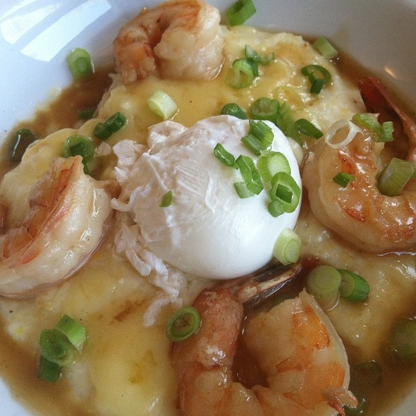 Cheddar Cheese Grits With Poached Eggs And Shrimp @ Stone Park Cafe