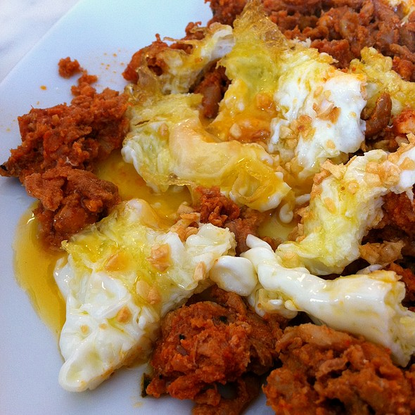 Chorizo and fried eggs @ La Cervecera