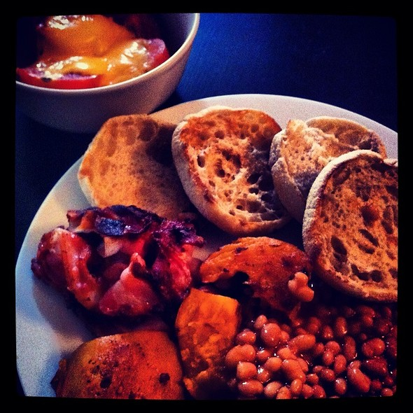 English Breakfast - Red @ HUT