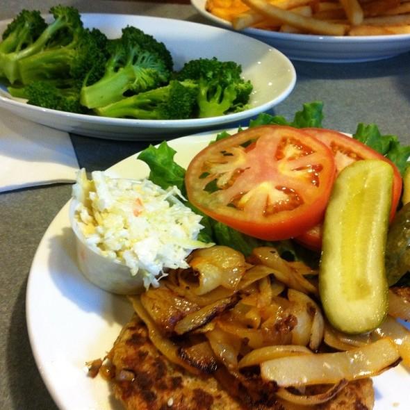 Veggie Burger @ Gemini Diner