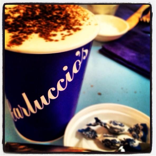 Cappuccino @ Carluccios Kings Cross St Pancras