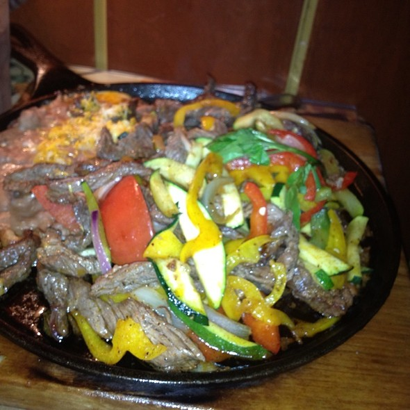 Steak Fajitas - El Cholo Cafe, Pasadena, CA