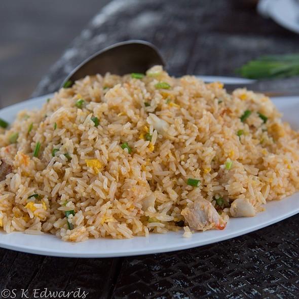Khao Pad Poo @ Mama Klong