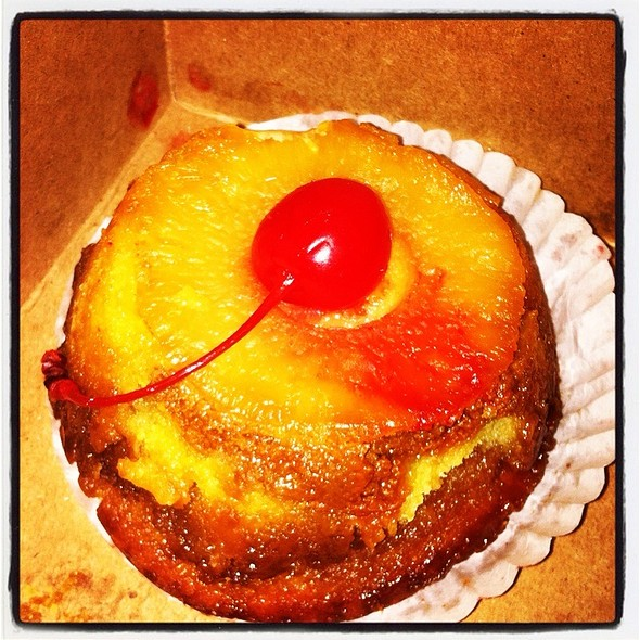 Smoked Upside Down Pineapple Cake @ Hill Country BBQ