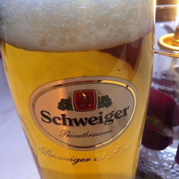 Schweiger Hell @ Restaurant Tai Ping