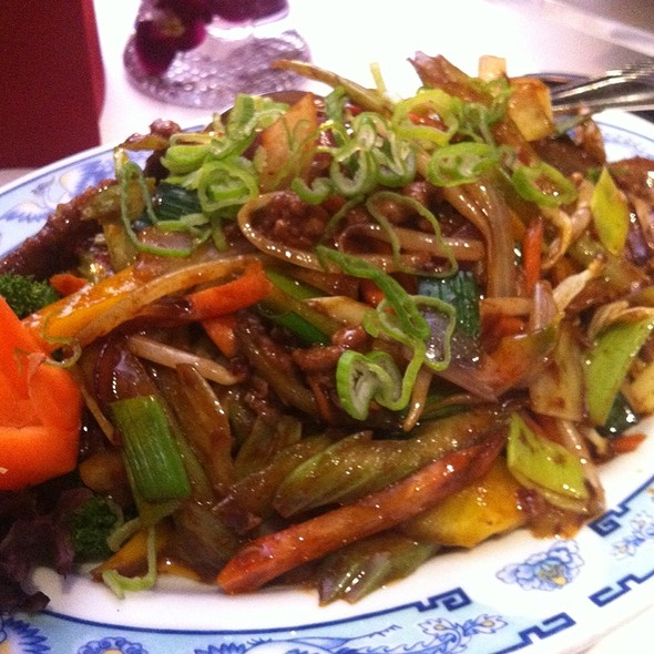 Beef with Chinese celery @ Restaurant Tai Ping