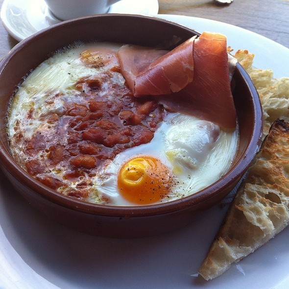 Baked Eggs With Baked Beans And Prosciutto @ Double Roasters