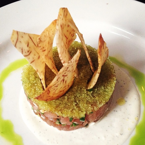 Tuna Tartare @ Delicatessen