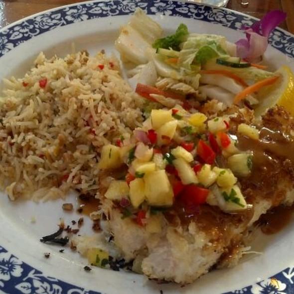 Coconut Crusted A'u @ Kimo's Restaurant