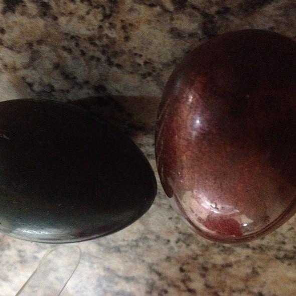 Praline Eggs @ Shocolate