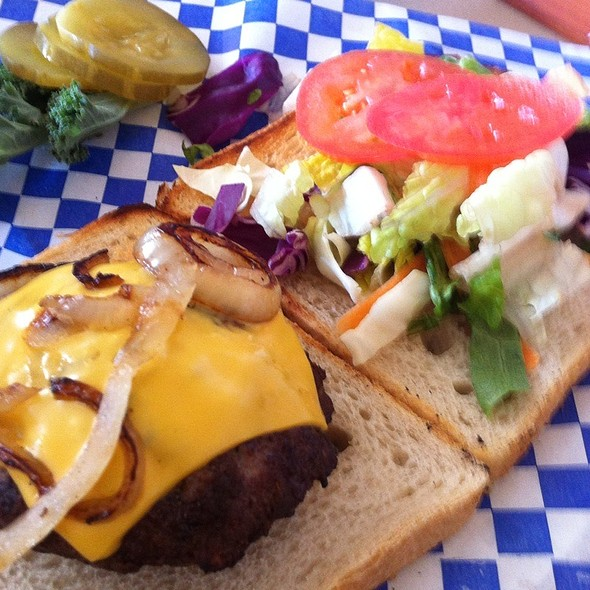 Juicy Lucy Burger @ Back Alley Grill