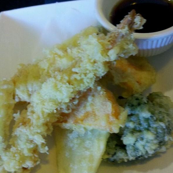 Fried Tempura @ Maneki Sushi