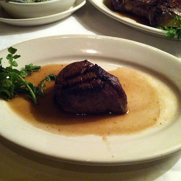 Fillet Mignon - Morton's The Steakhouse - Macau, Taipa, Macau