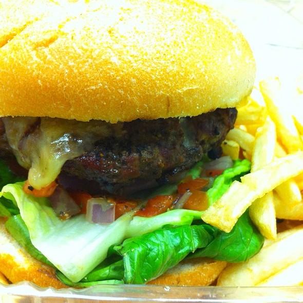 J Burger @ J Restaurant & Bar