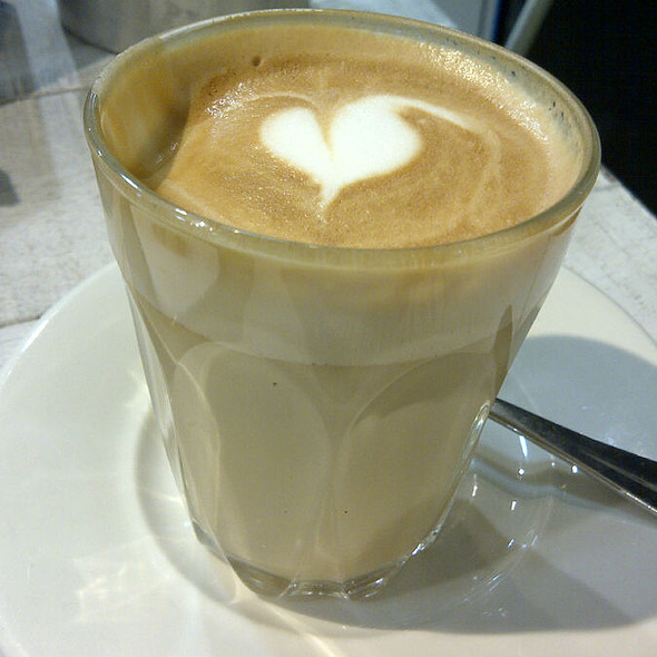Caffe Latte @ Ben's General Food Store