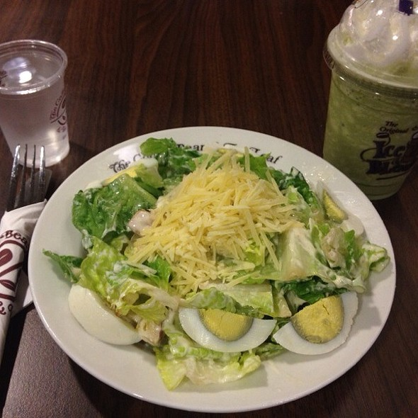 Caesar Salad @ The Coffee Bean @ Changi T2