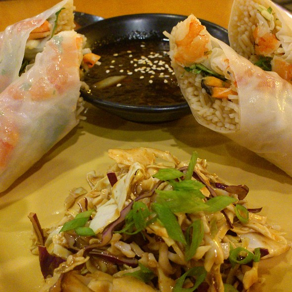 Singapore Shrimp Rolls @ California Pizza Kitchen - Cpk