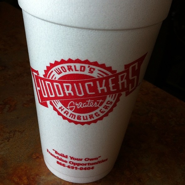 Bottomless Soda @ Fuddruckers