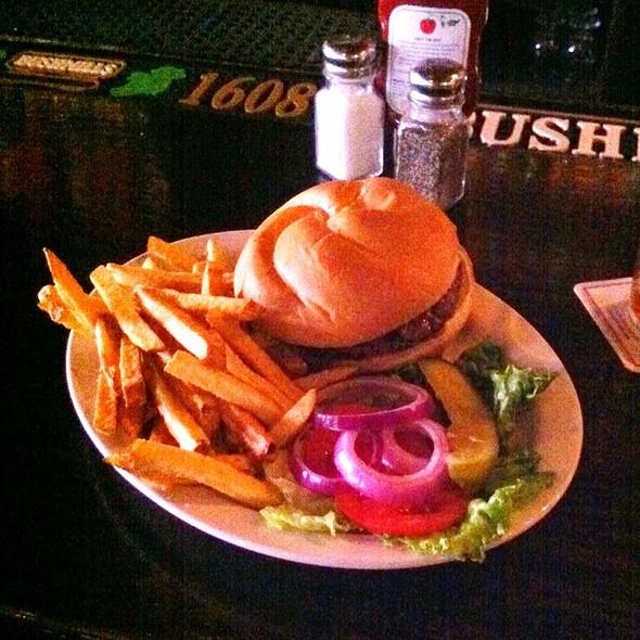 Guinness Cheddar Burger @ The Fillmore Pub
