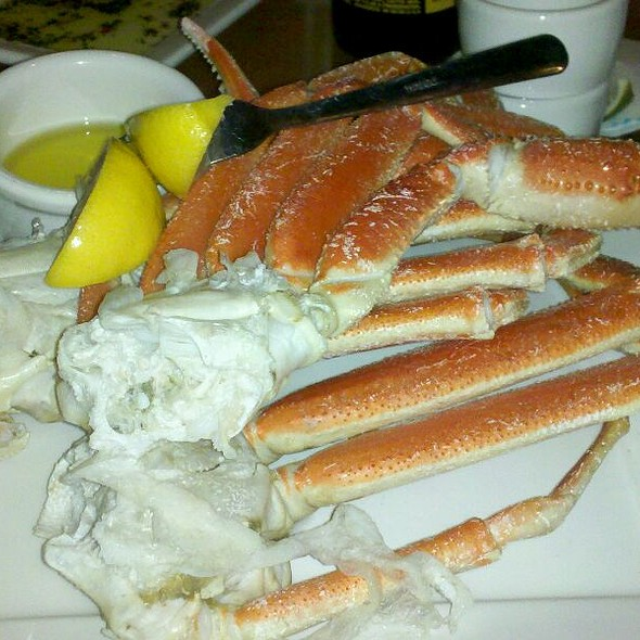 Snow Crab Legs @ City Fish Grill