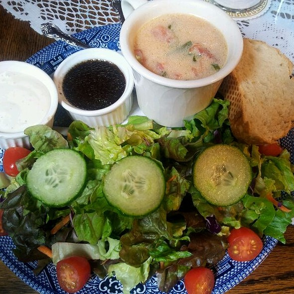Cup Of Soup Of The Day & Salad @ Tea Cozy