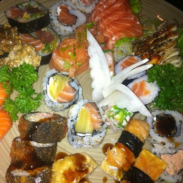 Rodízio de Sushi @ Tsuyoi