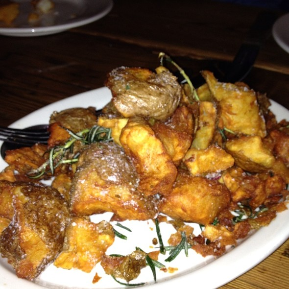 Patate crispy potatoes, pecorino & rosemary  @ Barbuto