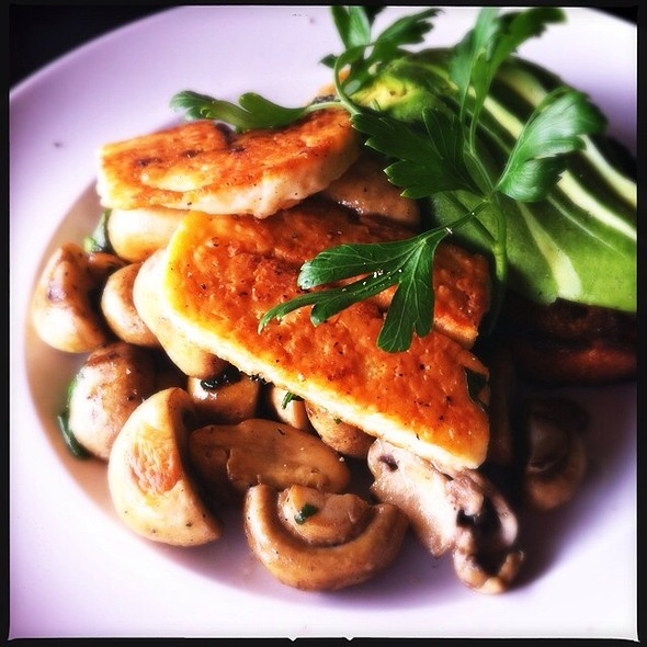 Mushies With Panfried Haloumi, Spinach And Avocado Half @ Fourthchild
