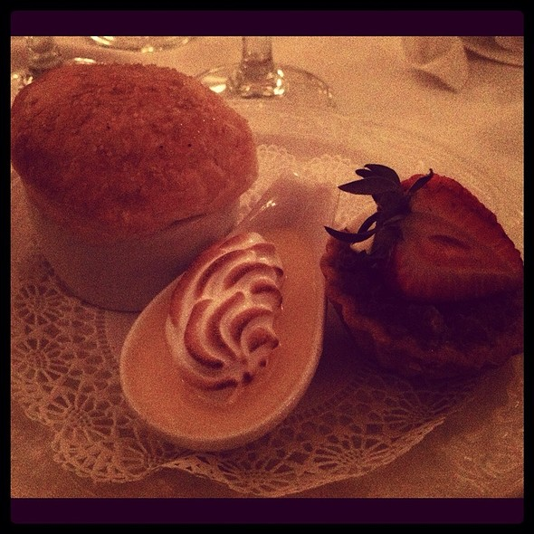 Dessert Trio @ The Austin Club