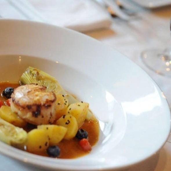 Saint Jacques @ Rue Saint Jacques Restaurant