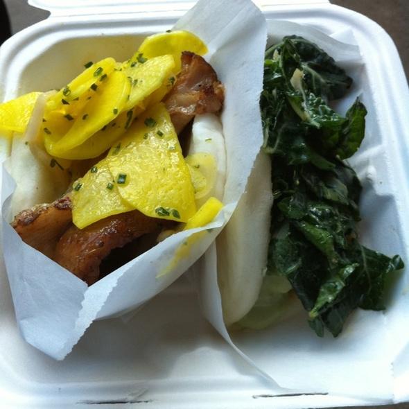 steamed buns @ Chairman Bao Truck