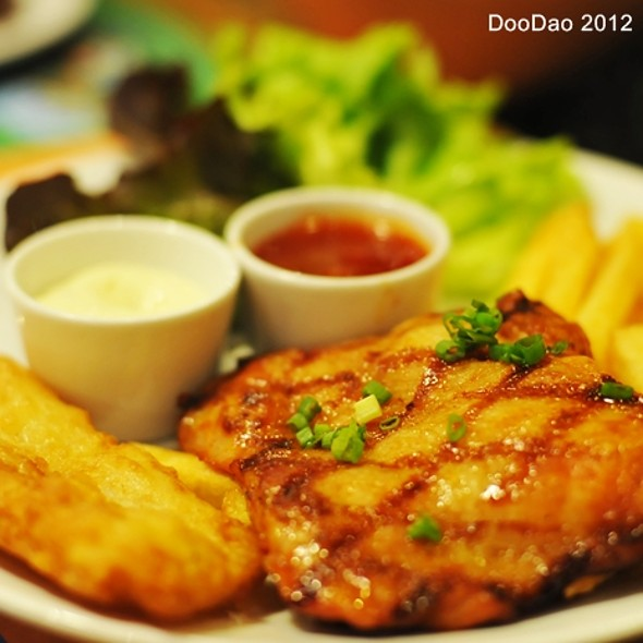 Tempura Basa Fish & Spicy Grilled Chicke @ Sizzler - The Mall Ngamwongwan