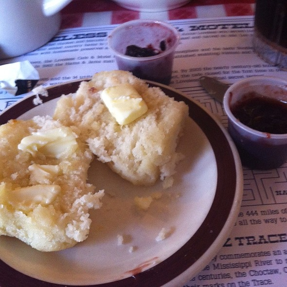 Biscuits @ Loveless Cafe